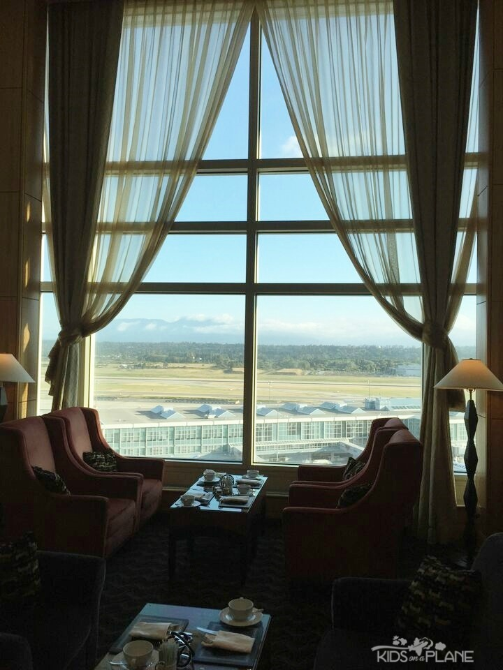 Fairmont Vancouver Airport Hotel Review - Fairmont Gold guests can watch planes land and take off from the lounge