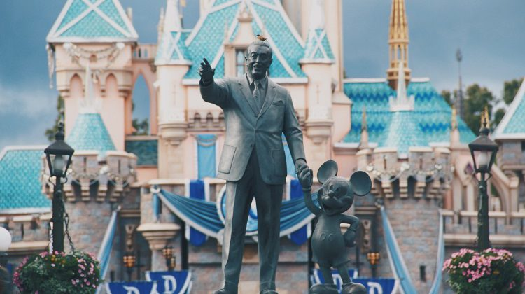 9 Gift Ideas for Families Planning a Disney Vacation