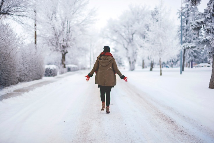 6 ways to stay happy and healthy during the holidays - exercise daily