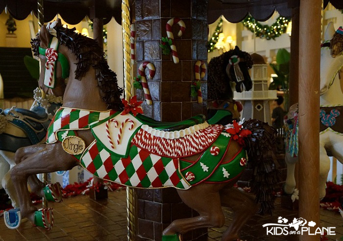 Disney World in December 2013 Carousel Beach Club | KidsOnAPlane.com #disneyworld #christmas #december