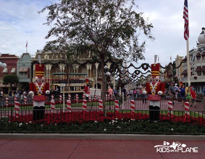 Disney World in December 2013 Magic Kingdom | KidsOnAPlane.com #disneyworld #december #christmas #disneydecember