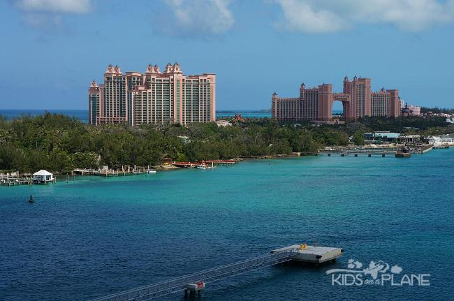 Disney Cruise Tips Atlantis | KidsOnAPlane.com #traveltips #cruise #Nassau #Atlantis