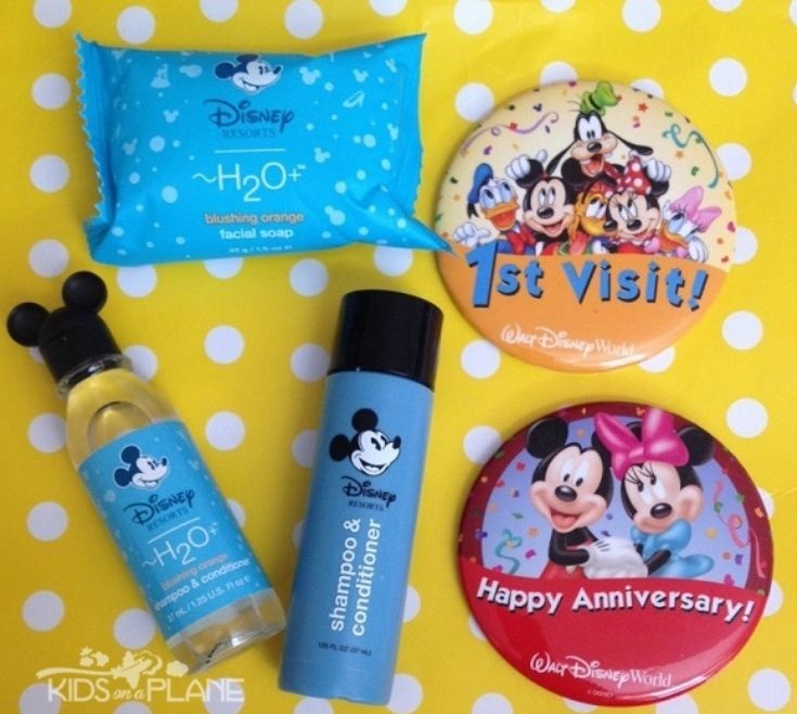 Free Disney World Souvenirs for Kids and Adults - Where to find them at the parks resorts and restaurants
