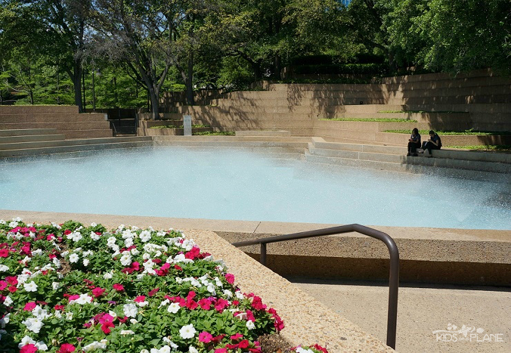 Sheraton Fort Worth Hotel Review - right across the hotel are the Fort Worth Water Gardens - This is the Aerating Pool