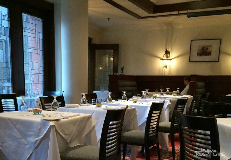 Elmwood Spa in Toronto Ontario has two onsite restaurants. Read about the lunch service at Terrace Restaurant