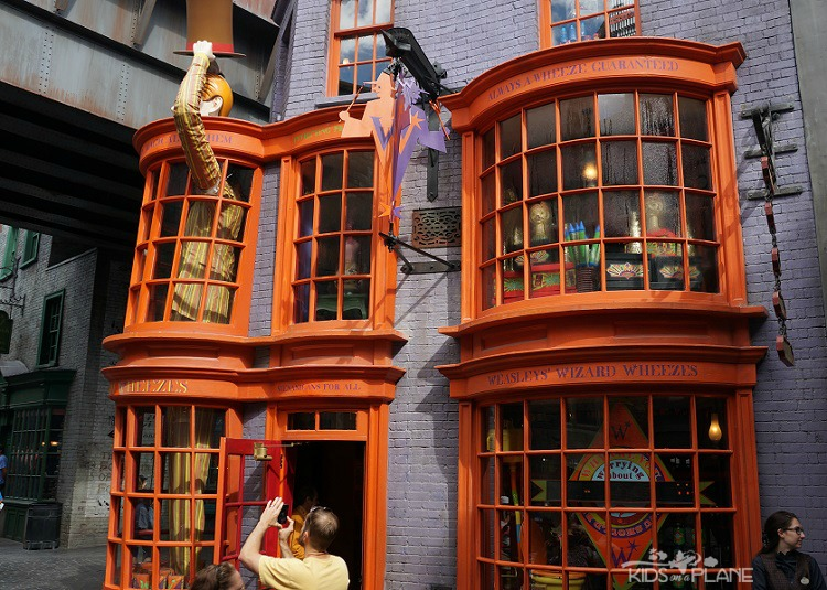 The Wizarding World of Harry Potter - Universal Studios Florida - 6 Tips for the First Time Theme Park Visitor