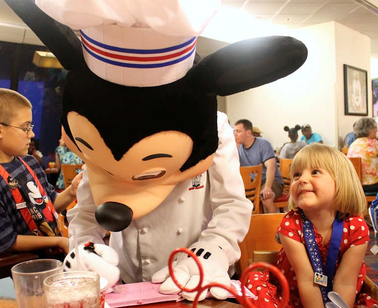 Walt Disney World with a Preschooler - 8 first timer tips for families