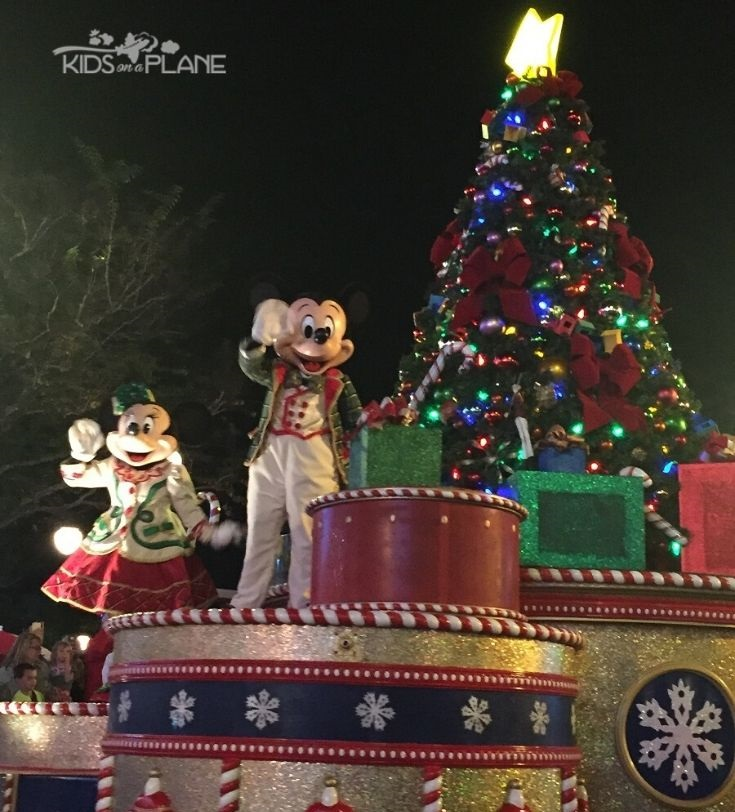 How to Celebrate Christmas and the Holidays at Walt Disney World