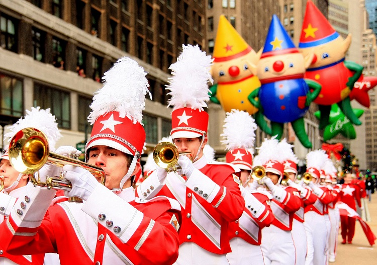 Celebrating Thanksgiving and Christmas in New York City - Macy's Thanksgiving Parade Travel Tips
